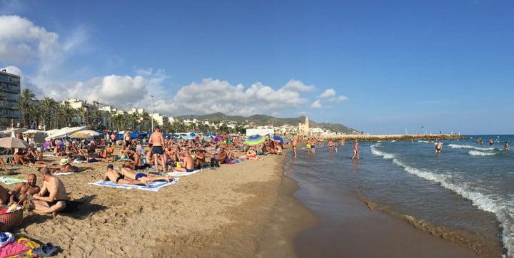 سيتجيس شواذ الشاطئ