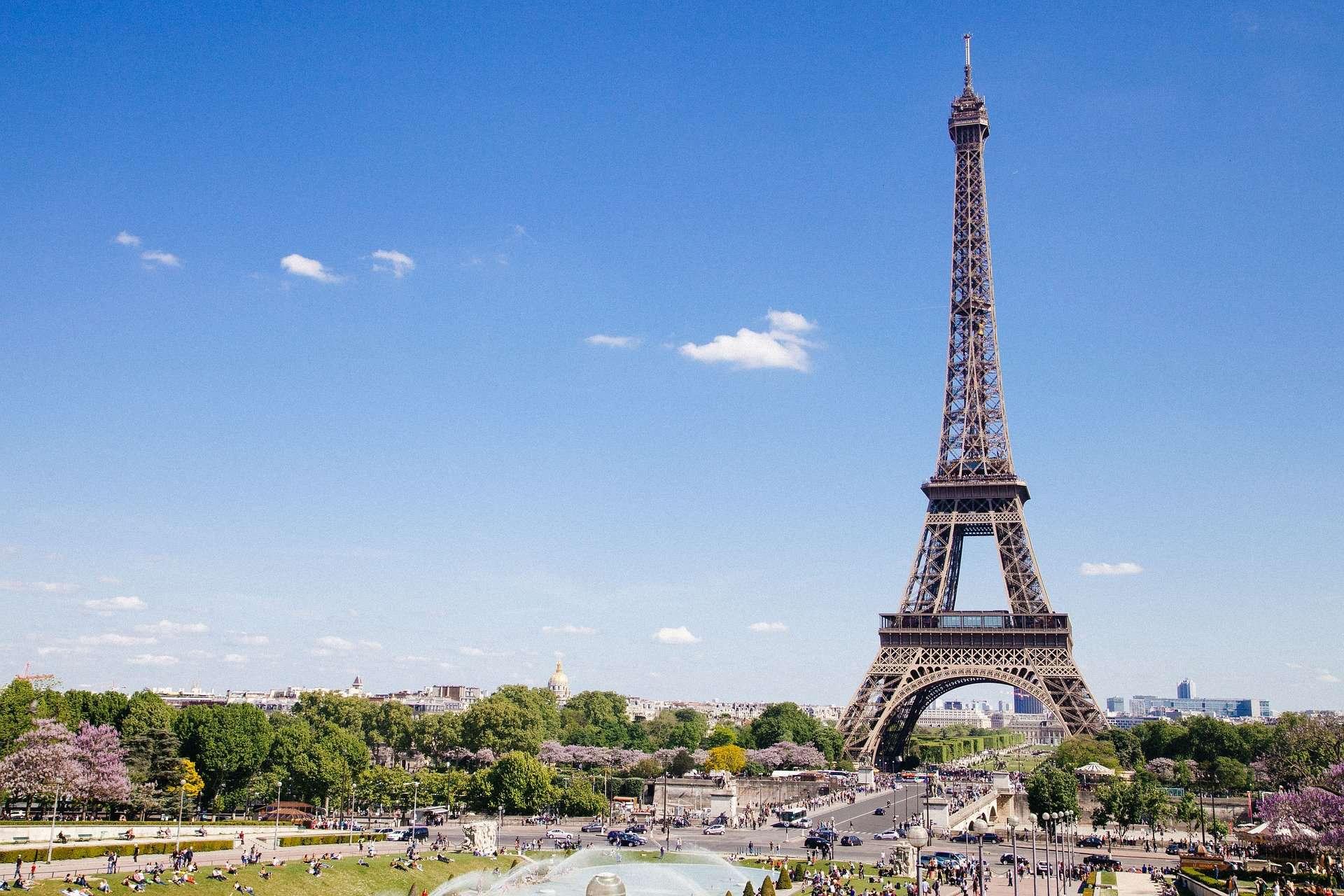Gay Paris · Luxury Hotels