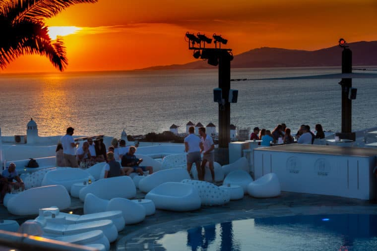 Elysium hotel Mykonos - gay sunset bar