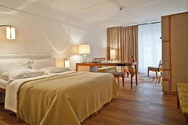 louis hotel munich reviews prices discounts book online travel gay europe. Black Bedroom Furniture Sets. Home Design Ideas