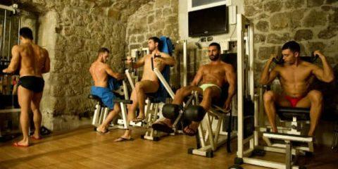 Seksualne priče o gay sauni