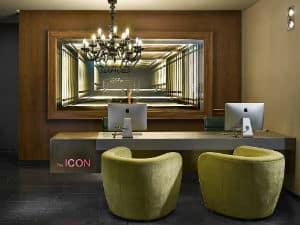 โรงแรม ICON & Lounge
