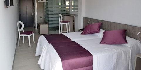 Hotel Apartamentos El Puerto