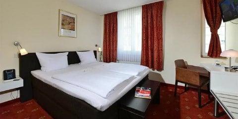 فندق دومسترن