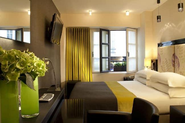image of Hotel Caron