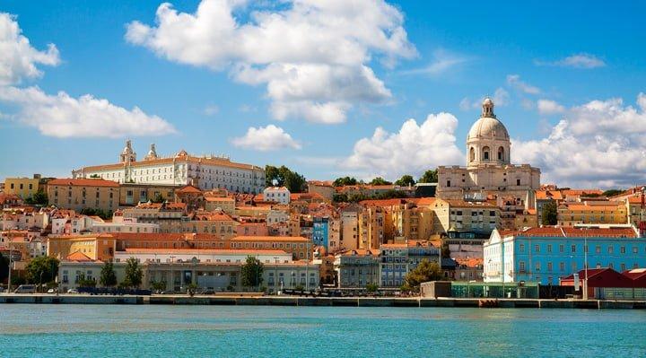 όμορφη θέα-ποτάμι-Λισαβόνα-από-τον-ταγκό