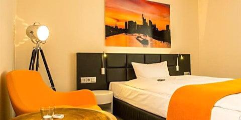 TravelGay recommendation TURM Hotel