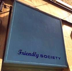 Det venlige samfund