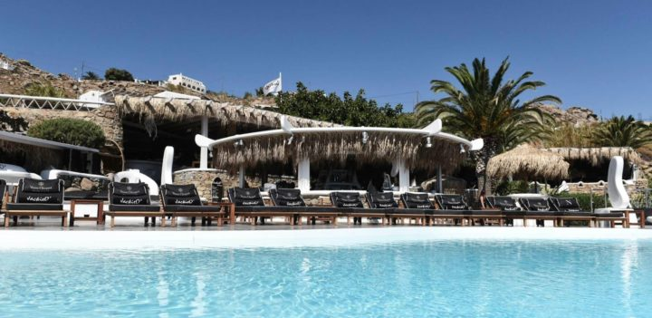 JackieO' Beach Club @ Super Paradise