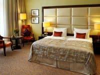 فندق Kings Court