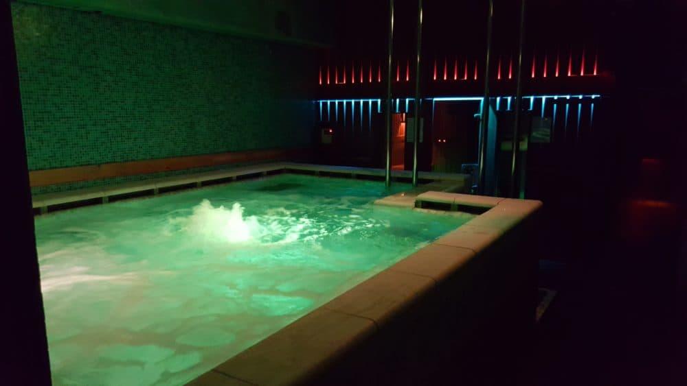 TravelGay recommandation Sauna 69