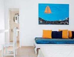 Rena's Rooms & Suites