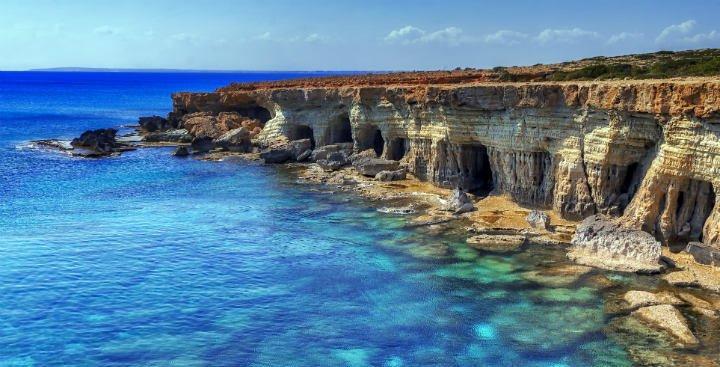 Cipro gay · Guida dell'isola
