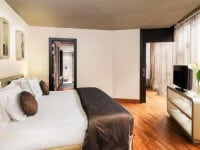 H10卡萨诺瓦酒店