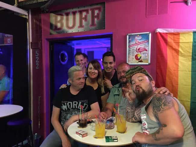 bares gay torremolinos