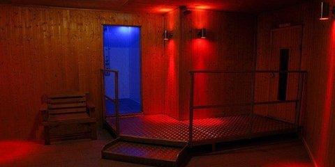 Base Newcastle Upon Tyne sauna gay