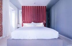 โรงแรม B&B Fuencarral 52