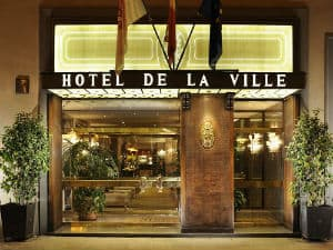 فندق دي لا فيل
