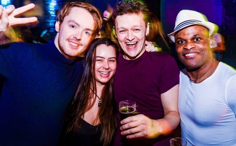 Clubs de danse gay de Glasgow