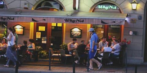 TravelGay recomendación Why Not Café & Bar