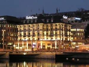 Central Plaza Zurich Hotel