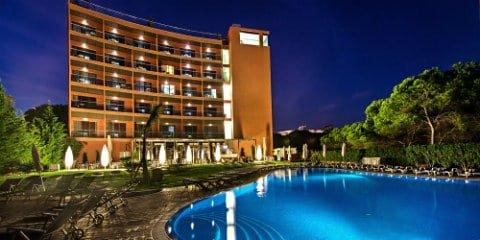 Aqua Pedra Do Bicos – Design Beach Hotel