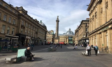 Le monument de Newcastle Gay Article de fond du week-end