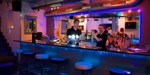 Bar et salon Infinity