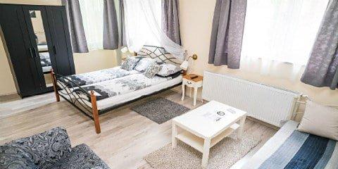 image of Hostel Kings n' Queens