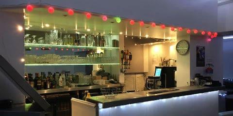 TravelGay рекомендация The Vineyard Cafe & Bar