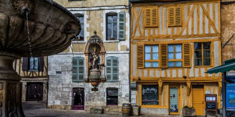 Gay Group Trip: Colours Of Burgundy Biking Tour