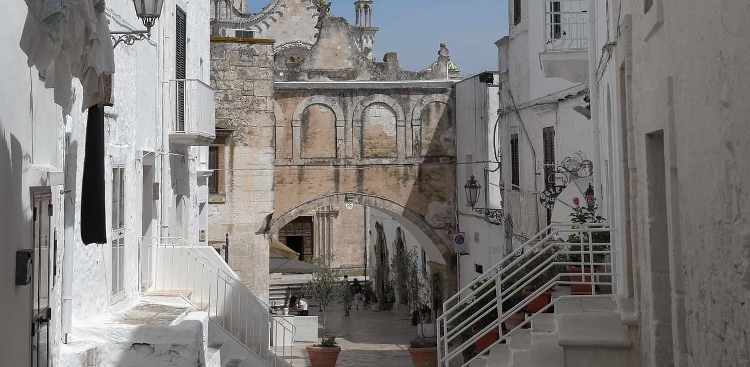 Gay Ostuni · Hotels