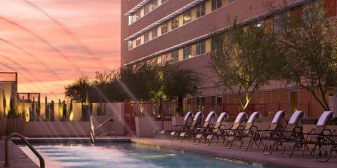 فندق شيراتون جراند فينيكس