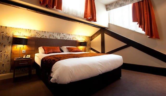 Heywood House Hotel