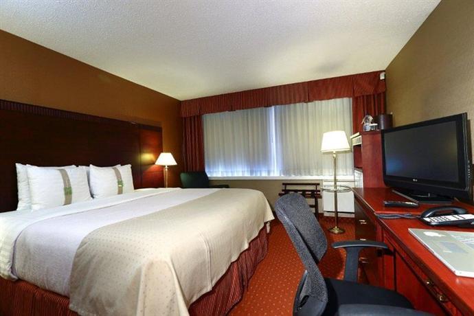 image of Holiday Inn Toronto