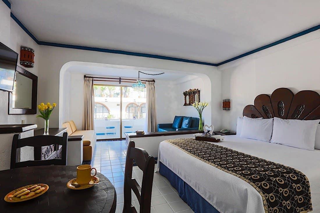 image of Los Arcos Suites Hotel Puerto Vallarta