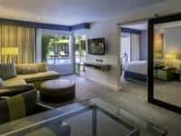 โรงแรมซันเซ็ท มาร์ควิส
