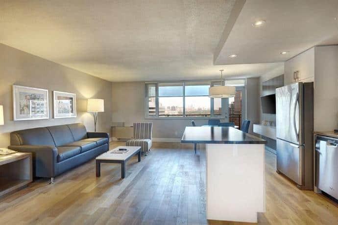 image of Town Inn Suites