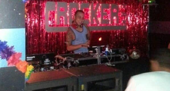 TravelGay σύσταση Crocker Bar