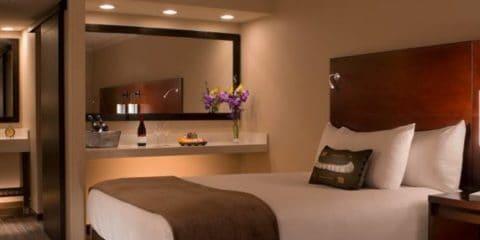 阿拉斯加安克雷奇湖畔酒店