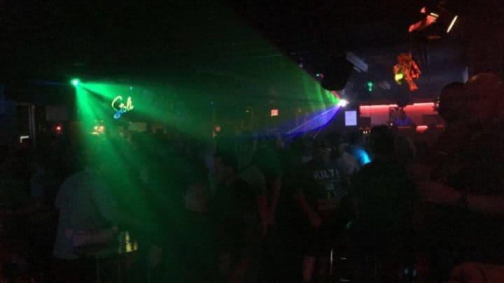 Flex natklub og bar