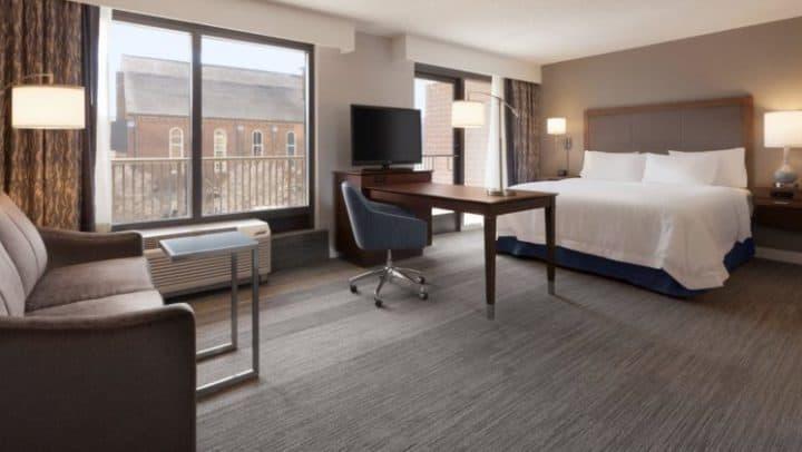 Hampton Inn und Suites Nashville Downtown