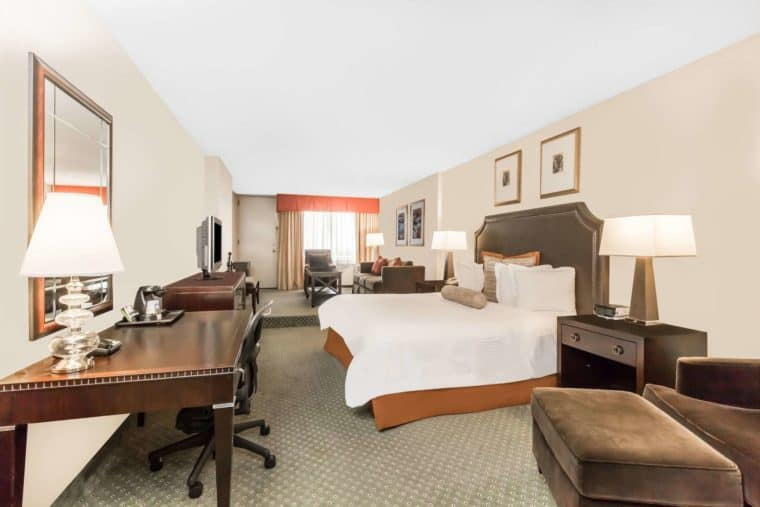 Gay Indianapolis · Hotels