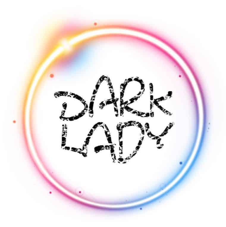 السيدة المظلمة