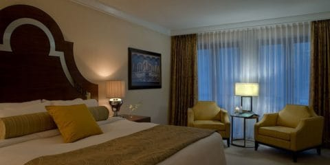 L'Hermitage Hotel Vancouver Canada