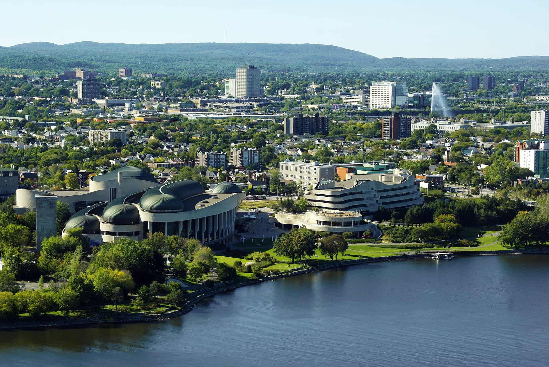 Gay Ottawa · Mid-range Hotels