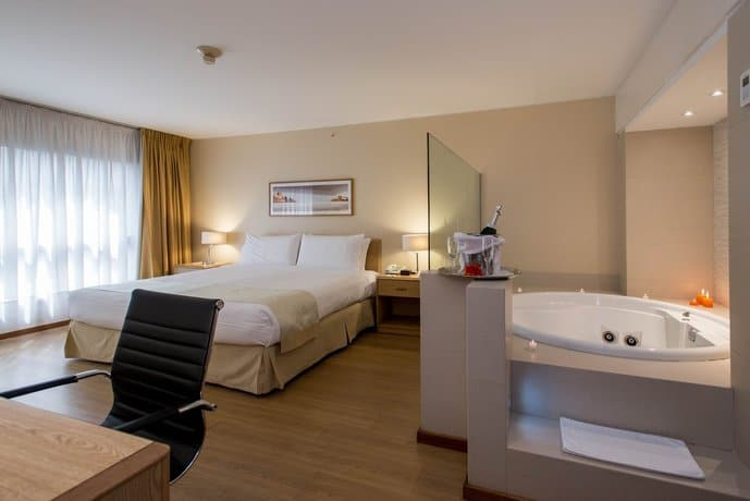 Gay Montevideo · Mid-range Hotels