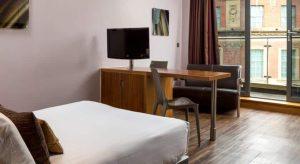 Aparthotel Roomzzz Leeds City