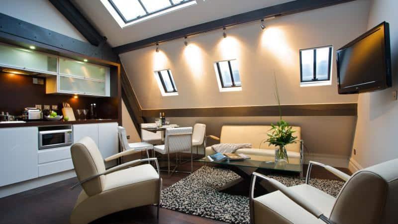 image of Aparthotel Roomzzz Leeds City