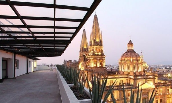 One Guadalajara Centro Histórico
